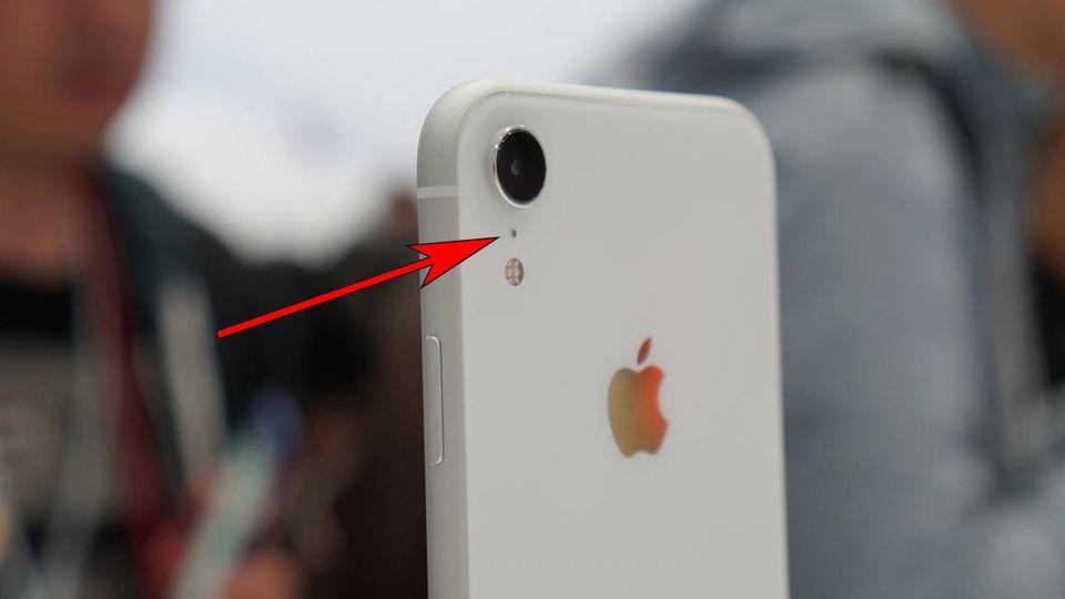 Erklärt: Das steckt hinter den mysteriösen iPhone-Löchern
