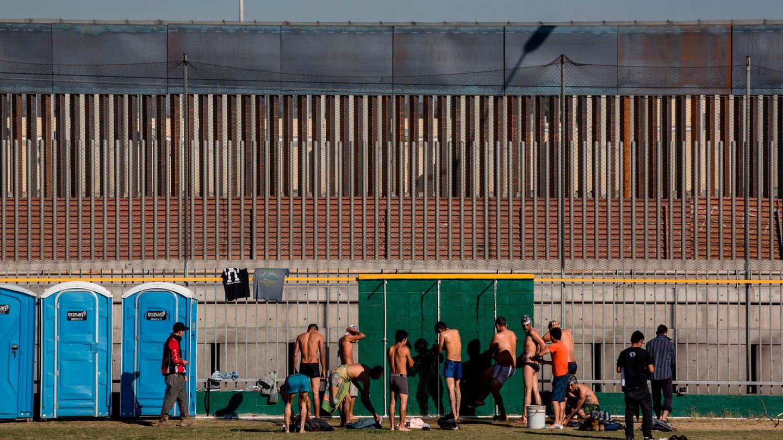 Duschen am Grenzübergang
