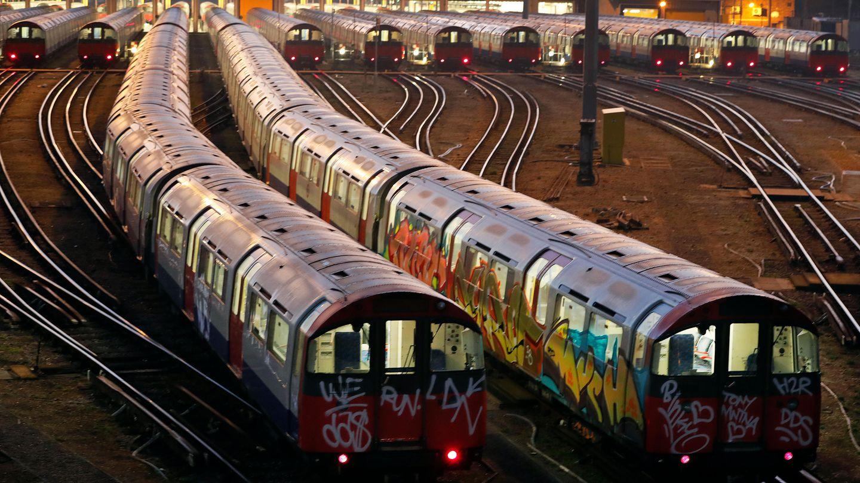 U-Bahn-Züge der Picadilly-Linie