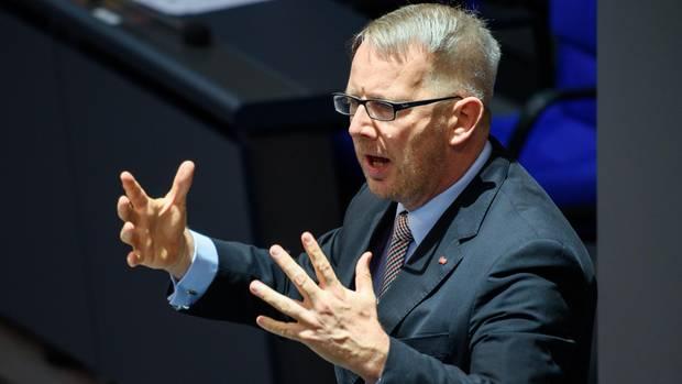 Der Bundestagsabgeordnete Johannes Kahrs (SPD) bei einer Rede im Parlamen