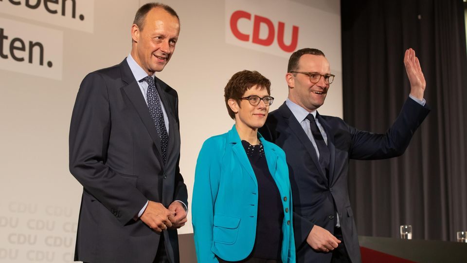 Friedrich Merz (l-r), Kramp-Karrenbauer, CDU-Generalsekretärin und Jens Spahn