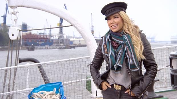 Sylvie Meis am Hamburger Hafen