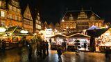 Platz 1: Weihnachtsmarkt & Schlachte-Zauber in Bremen  Der traditionelle Advents-Event auf dem Marktplatz und der relativ neue Schlachte-Zauber entlang derWeser sind diebeliebtesten Weihnachtsmärkte Deutschlands:4,8 (von fünf möglichen) Sternen bei insgesamt über 1200 abgegeben Bewertungen, ergab dieAuswertungin den sozialen Netzwerken, durch das Portal Testberichte.de.  Infos:www.bremen-tourismus.de