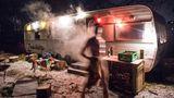 """Die """"Zunderbüchse"""" in Hamburg-Wilhelmsburg ist ein zur Sauna ausgebauter Wohnwagen."""