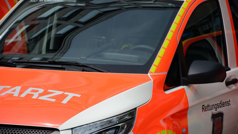 Nachrichten aus Deutschland: Notarztwagen als Symbolfoto für Unfall in Cottbus