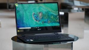 Das Acer Swift 7 hat einen 14 Zoll großen Bildschirm.