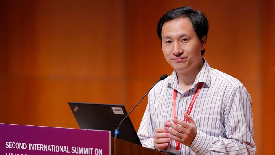 He Jiankui spricht auf dem Genomforscher-Kongress in Hongkong