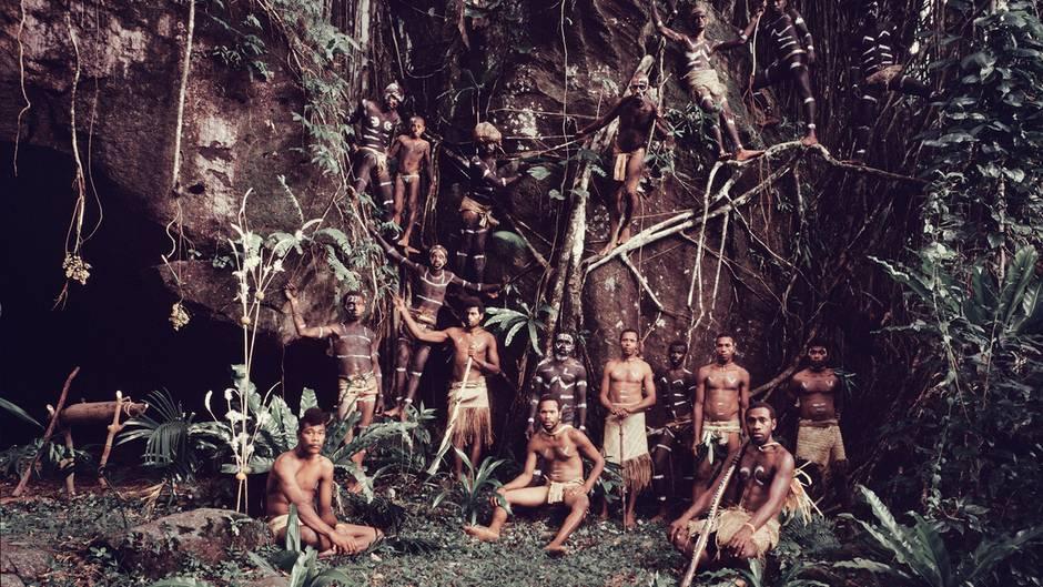 """Vanuatu: Jimmy Nelson beim Volk der Yakel: """"Sie kosten jeden Moment bis zum letzten aus"""""""