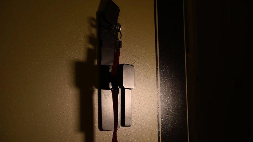 """Podcast """"Faking Hitler"""": Folge 1: Zum Jahrestag der Pressekonferenz: So lief die Entdeckung der Hitler-Tagebücher"""