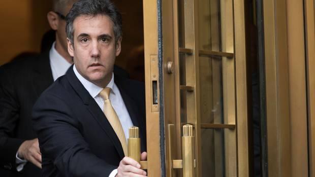 Michael Cohen, Ex-Anwalt des heutigen US-Präsidenten Donald Trump, verlässt das Bundesgericht in New York (Archiv)