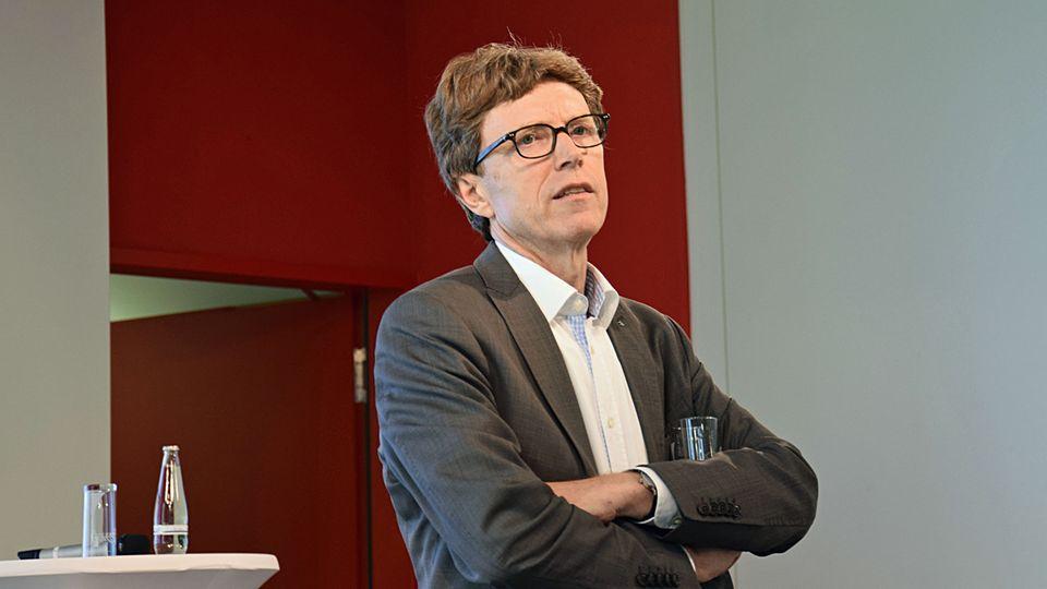 Dervierte Airport-Chefin sechs Jahren:Engelbert Lütke Daldrup