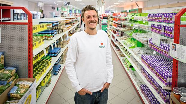 """Der Revolutionär: Raphael Fellmer, Gründer des Start-ups """"Sirplus"""", will das Bewusstsein der Menschen verändern"""
