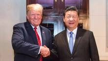 Erst hart verhandelt, dann Handschlag: ChinasPräsident Xi Jinping (r.) und sein US-Kollege Donald Trump