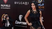 Die Schauspielerin Rania Jussef auf dem roten Teppich. In Ägypten drohen ihr dafür bis zu fünf Jahre Haft.