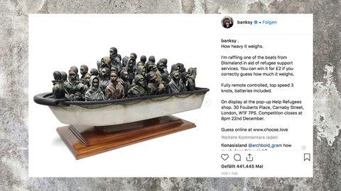 Miniatur-Flüchtlingsboot von Streetart-Künstler Banksy