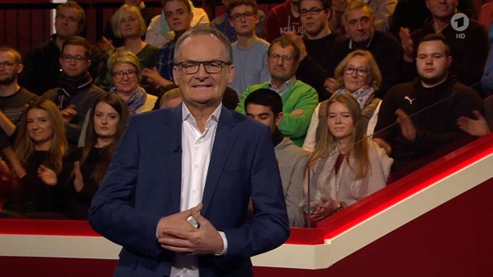 "Frank Plasberg bei ""Hart aber fair"""