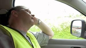 Tesla - Autopilot - schlafender Fahrer