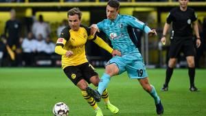 Götze zeigtin den vergangenen Wochen durchweg gute bis sehr guteLeistungen, so wie hier gegen Freiburg. Er ist Anspielstation und Lückenreißer in der Offensive und erster Verteidiger, wenn der BVB in der Rückwärtsbewegung ist.