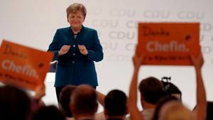 Angela Merkel hat für ihre letzte Rede als CDU-Chefin minutenlangen Applaus bekommen