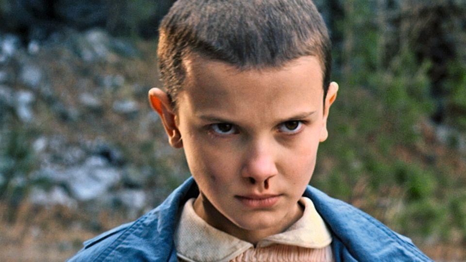 """Geheimnisvoll: 2016 trat Brown erstmals in der Serie """"Stranger Things""""auf, als das Kind Eleven."""