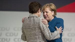 Annegret Kramp-Karrenbauer galt als die Wunsch-Nachfolgerin von Angela Merkel