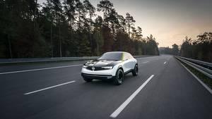 Wie das BEV des DS 3 Crossback hat der Opel GT X Experimental eine 50 kWh-Batterie