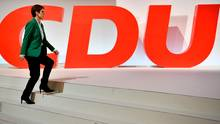 """""""Friede, Freude, neuer Schwung ... Nix da"""": Die Presse zum CDU-""""Parteitagskater"""" nach der AKK-Wahl"""