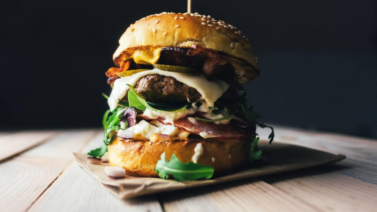 tipps-aus-der-k-che-profik-che-verraten-ihre-geheimnisse-so-geht-der-perfekte-burger
