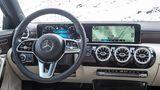 Mercedes A 250 4matic - MBUX kostet extra