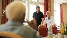 Martin Rütter (48) besucht seine Mutter im Pflegeheim