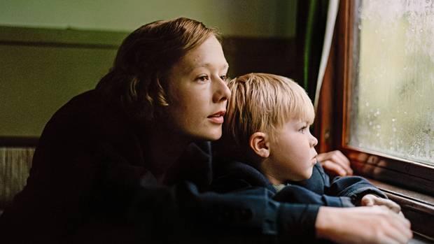 """Alba August in """"Astrid"""", einem ziemlich traurigen Film über die frühen Jahre der Schriftstellerin"""