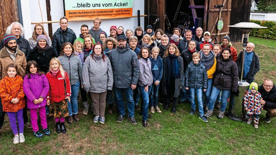 Landraub: Bürger aus Hebenshausen wehren sich gegen ein geplantes Logistikzentrum, das ihre Äcker und ihre Heimat fressen würde