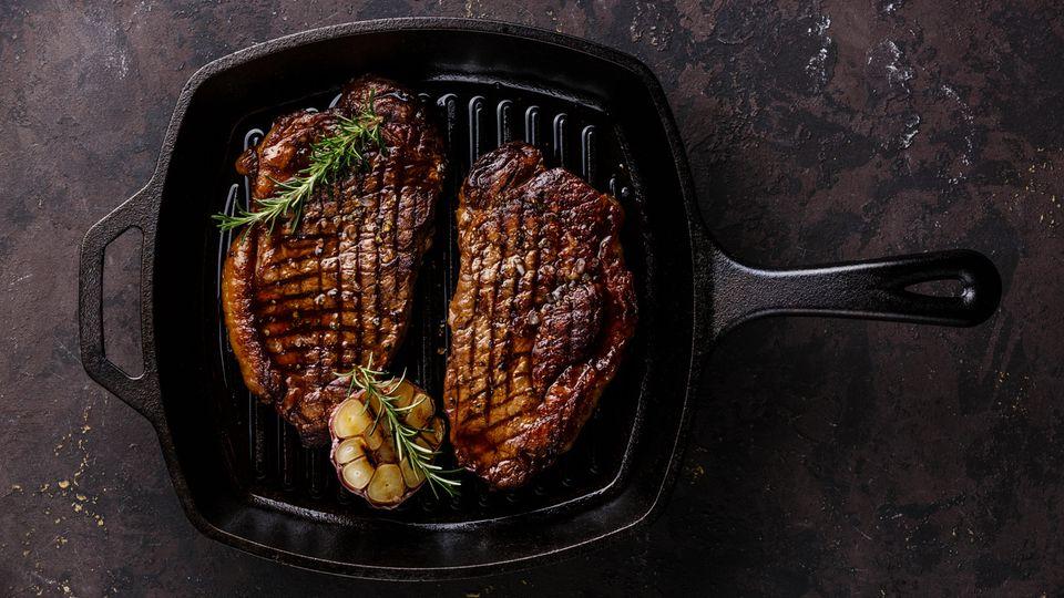 Tipps aus der Profiküche: Wie gelingt eigentlich ein perfekt gebratenes Steak?