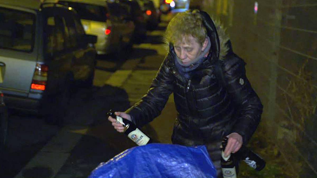 Flaschensammlerin