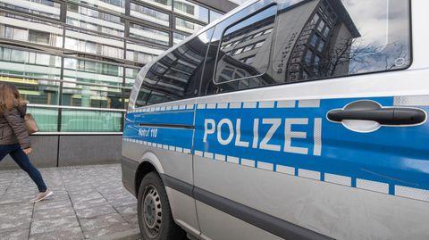 Gibt es ein rechtsextremes Netzwerk innerhalb der Frankfurter Polizei?
