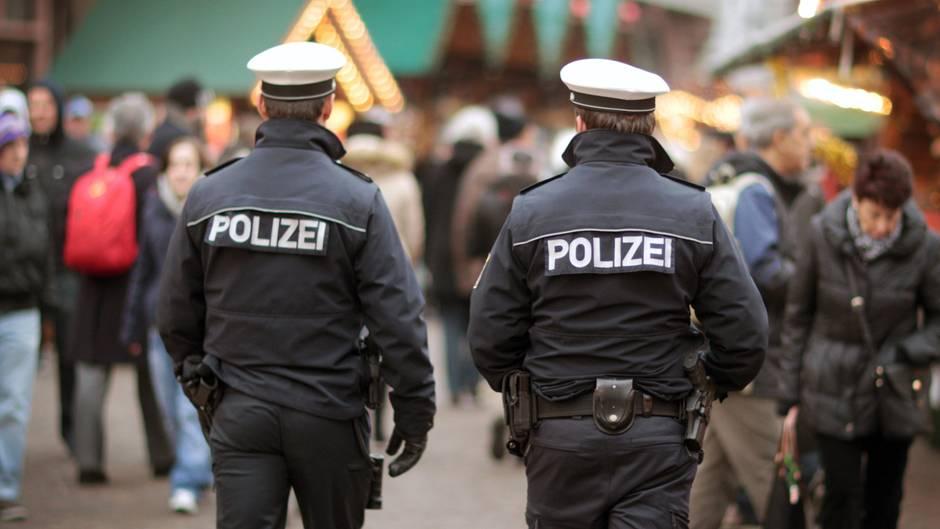 Rechtes Netzwerk in Frankfurter Polizei - nun schaltet sich das LKA ein