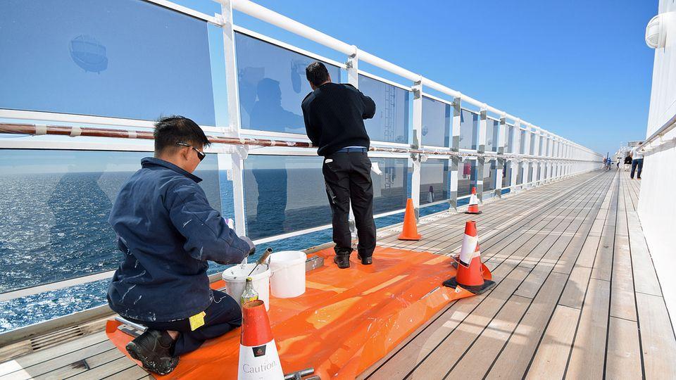 Malerarbeiten auf See: Die preiswerten Arbeitskräfte kommen meist aus Südostasien