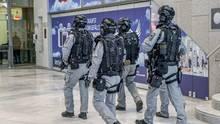 Schwer bewaffnete Spezialkräfte sollen am Stuttgarter Flughafen das Sicherheitsgefühl stärken