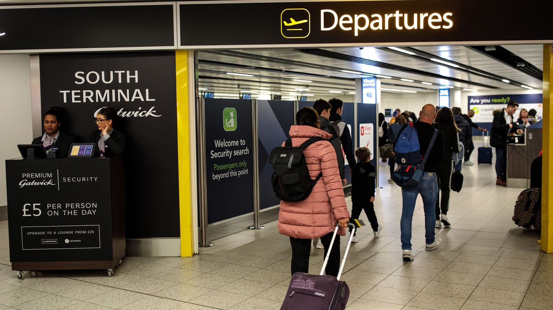 Nach dem Ende der Drohnenflüge kehrt der Flughafen Gatwick langsam zum Normalbetrieb zurück