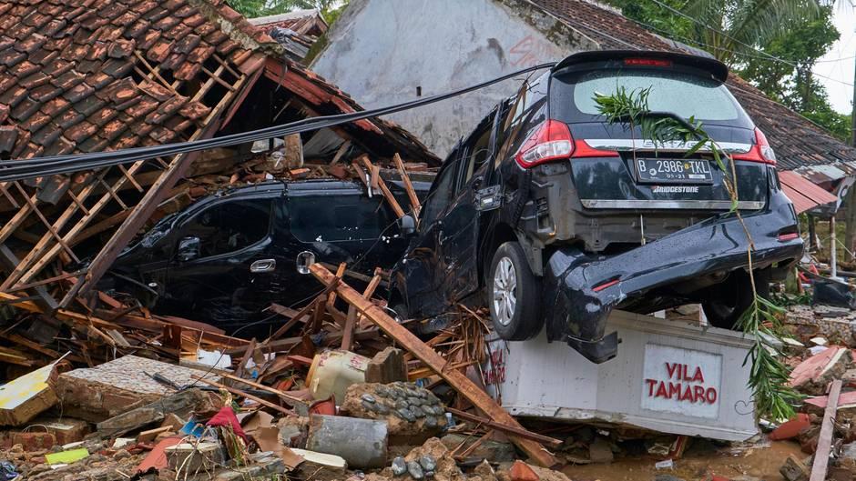 Der Tsunami in Indonesien hat zahlreiche Häuser und Hotels zerstört
