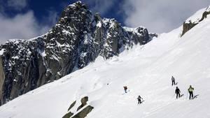 In den französischen Alpen (Archivbild) ist ein Junge nach einem Lawinenabgang lebend geborgen worden