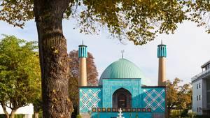 Deutsche Politiker wollen islamische Gemeinden mit einem Äquivalent zur Kirchensteuer finanzieren.
