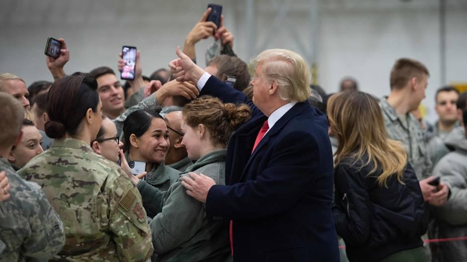 Hat Donald Trump Im Irak Aus Versehen Den Aufenthaltsort Von