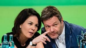 Schaffen Annalena Baerbock und Robert Habeck es 2019, die Grünen zur Volkspartei zu machen?