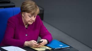 Auch Kanzlerin Angela Merkel ist von dem Datenleck betroffen