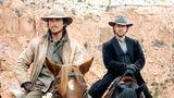 """An der Seite von Russell Crowe (r.) spielte Christian Bale 2007 im Western """"Todeszug nach Yuma"""". Eine Rolle, für die er reiten und schießen musste, aber ohne große körperlichen Veränderungen auskam."""
