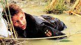 """Im Alter von 13 Jahren bekam Christian Bale seine erste große und preisgekrönte Rolle in dem Steven Spielberg-Film """"Das Reich der Sonne"""". Das Kriegsdrama erhielt sechs Oscar-Nominierungen. Bale wurde mit mehreren Nachwuchspreisen ausgezeichnet."""