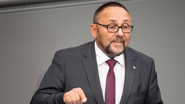 Frank Magnitz (AfD), Bundestagsabgeordneter, spricht während einer Sitzung des Bundestages in Berlin