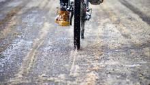 Damit das Rad im Winter schnurrt, muss man etwas Arbeit investieren.