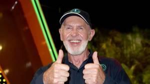 Dr. Bob im Dschungelcamp.
